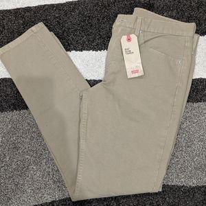 Men's Levi Khaki jeans